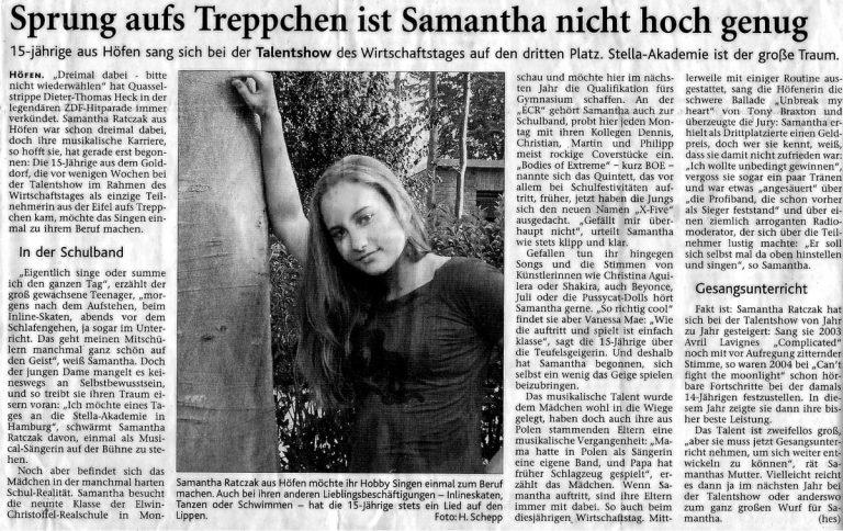 Ein alter Zeitungsartikel von Sam bei einer Talentshow